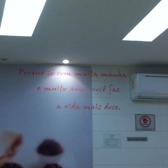 Photo taken at Amor aos Pedaços by Guilherme 梅. on 10/12/2012
