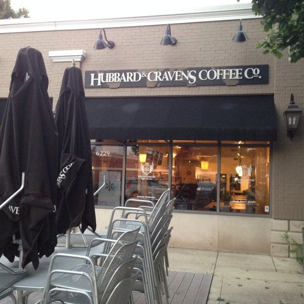 Photo taken at Hubbard & Cravens Coffee and Tea by Grant B. on 8/23/2014