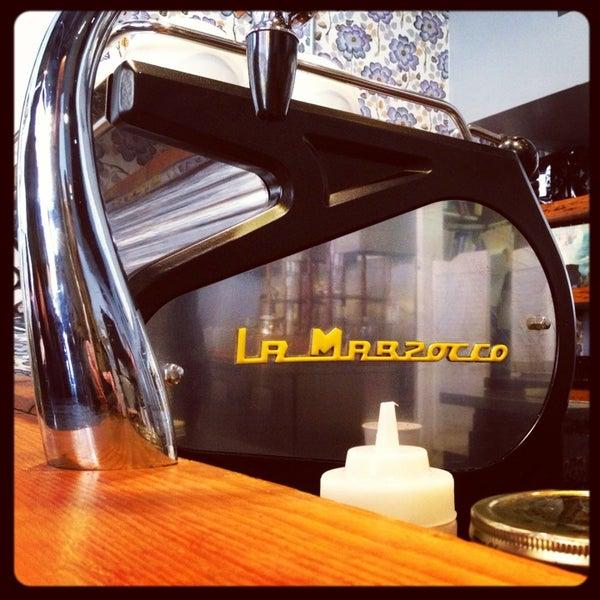 Das Foto wurde bei Culture Espresso von Laissez F. am 4/7/2013 aufgenommen