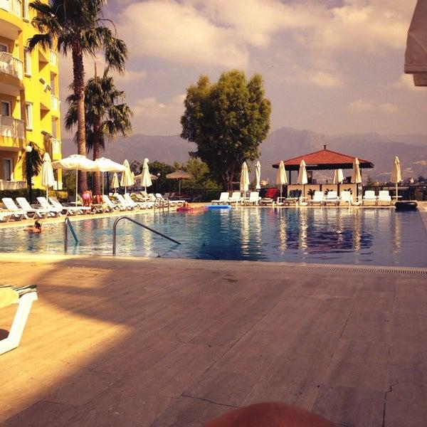 6/30/2013 tarihinde Robbert K.ziyaretçi tarafından Club Paradiso Hotel & Resort'de çekilen fotoğraf