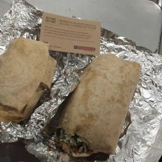 Photo taken at Chipotle Mexican Grill by Lacie L. on 7/20/2013