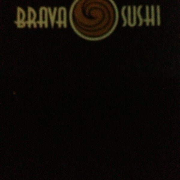 Foto tirada no(a) Brava Sushi por Agustin M. em 6/26/2013