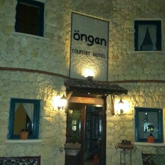 7/25/2013 tarihinde Asuman E.ziyaretçi tarafından Öngen Country Hotel'de çekilen fotoğraf