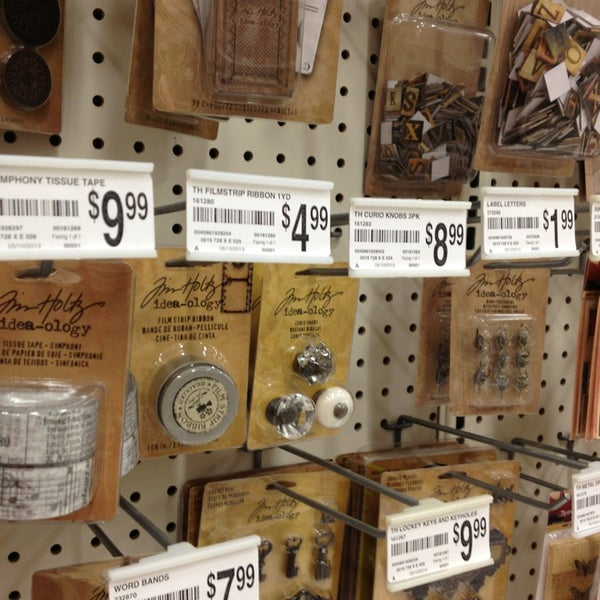 Michaels arts crafts store in tampa for Michaels craft store tampa