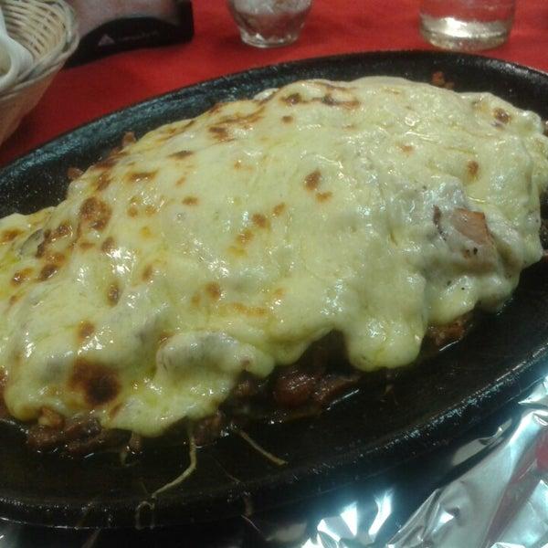 Foto tomada en Restaurante El Matador por David V. el 2/12/2014