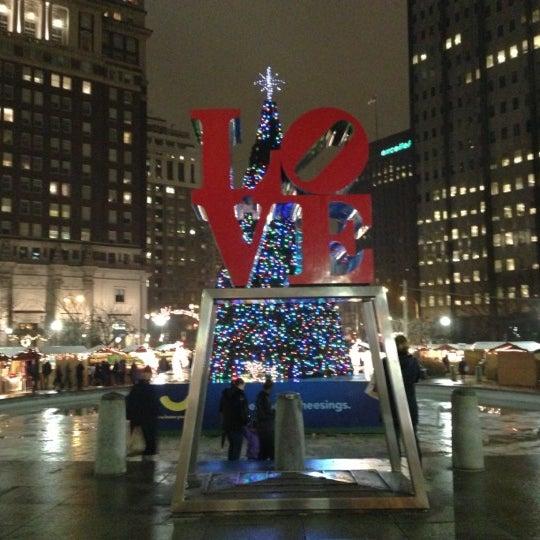 Das Foto wurde bei Christmas Village von Bill D. am 12/9/2012 aufgenommen