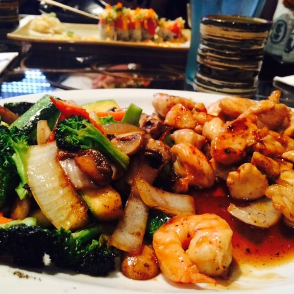 Photo taken at Aomi Japanese Steakhouse by Gürcan A. on 6/1/2015
