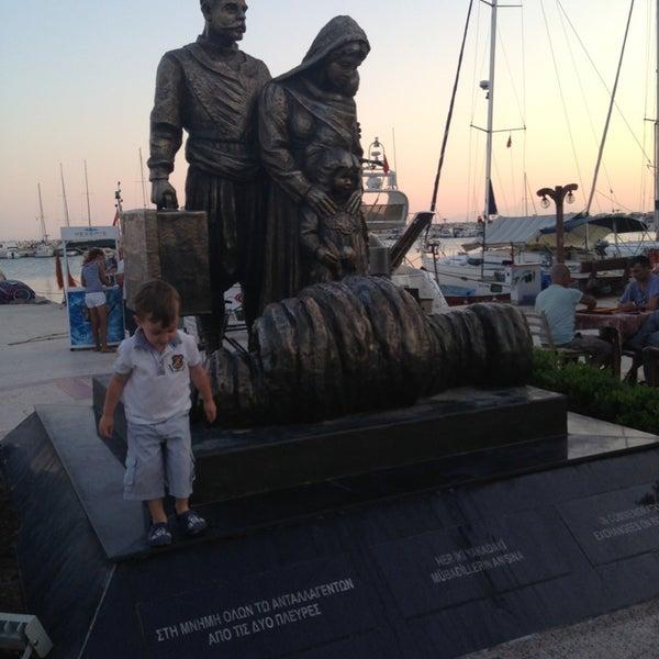 7/13/2013 tarihinde Nazım E.ziyaretçi tarafından Küçükkuyu Limanı'de çekilen fotoğraf