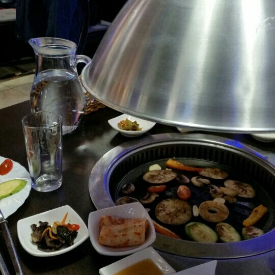 Снимок сделан в Korean BBQ гриль пользователем Markizon 3/7/2016