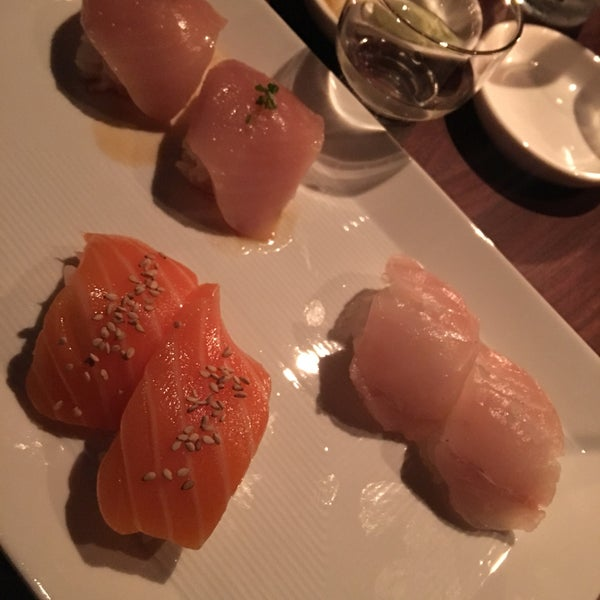 Photo taken at Sugarfish by Hector on 4/23/2017