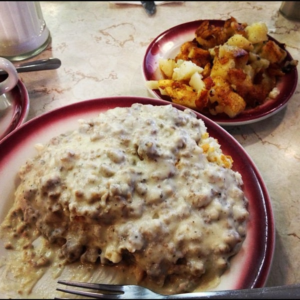 Photo taken at Tastee Diner by Mike B. on 10/7/2012