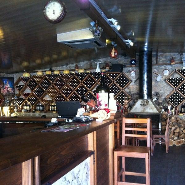 7/4/2013 tarihinde TUĞÇE S.ziyaretçi tarafından Şirince Artemis Şarap ve Yöresel Tadlar Evi'de çekilen fotoğraf