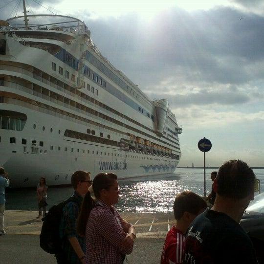 Photo taken at Calata Porta di Massa by Lorenza B. on 10/9/2012