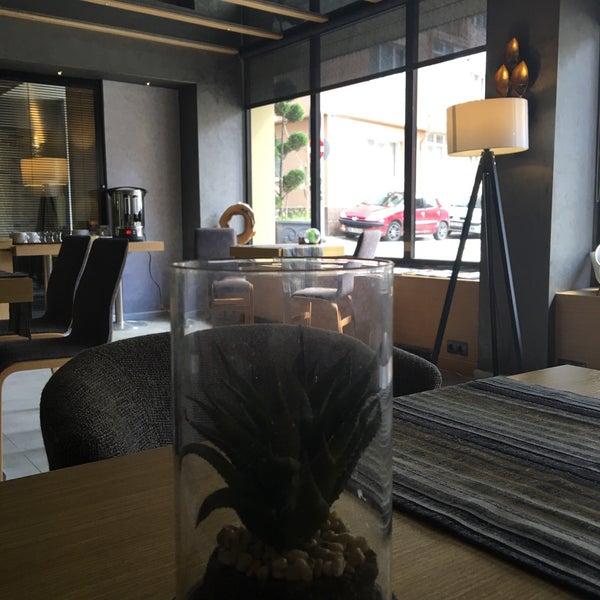 5/26/2016 tarihinde Uğur I.ziyaretçi tarafından The Black Otel'de çekilen fotoğraf