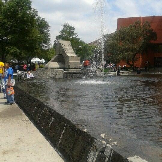 Foto tomada en Universum, Museo de las Ciencias por Paul Rodrigo H. el 9/23/2012
