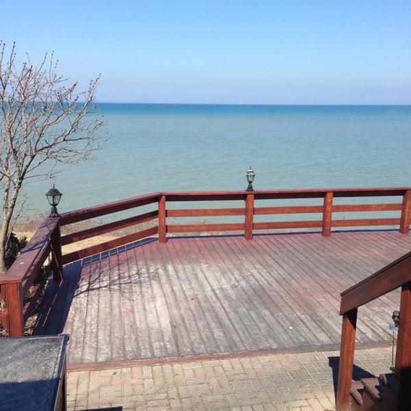 Photo taken at Lake House Restaurant by Igor L. on 4/2/2014