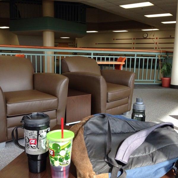 Photo taken at Oklahoma State University - Tulsa (OSU-Tulsa) by Eric B. on 10/26/2013
