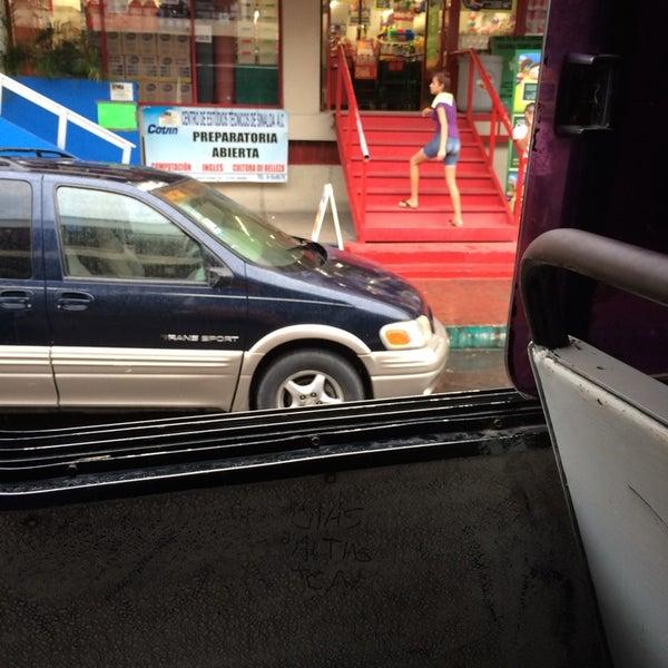 Foto diambil di Mercado Pino Suarez oleh David B. pada 7/31/2014