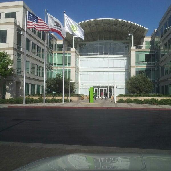 Photo taken at Apple Inc. by Mr Biggins on 4/26/2013