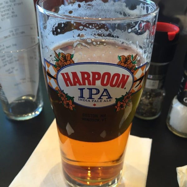 Photo taken at Harpoon Tap Room by Marcello P. on 12/16/2015