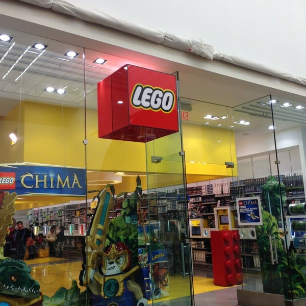 Photos at The LEGO Store - City Center - 2148 Glendale Galleria