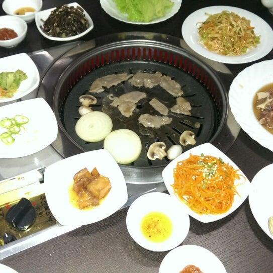 Foto tomada en Korean BBQ гриль por Dеlete D. el 12/3/2015