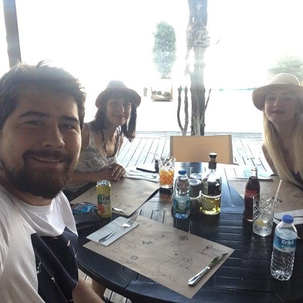 9/25/2017 tarihinde Ceyhun Y.ziyaretçi tarafından Mod Yacht Lounge'de çekilen fotoğraf