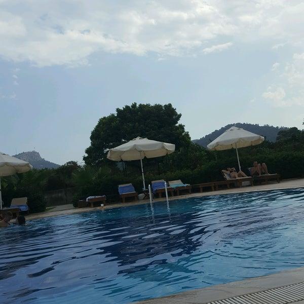 9/14/2016 tarihinde Merve A.ziyaretçi tarafından Garden Resort Bergamot'de çekilen fotoğraf