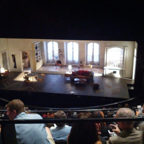 Photo taken at Steppenwolf Theatre Company by Alex M. on 7/14/2013