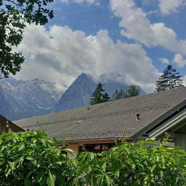 Photo taken at Edelweiss Lodge and Resort by John W. on 6/13/2014