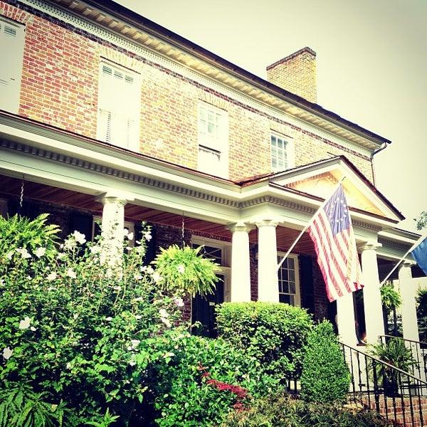 Kenmore Inn - Bed & Breakfast in Fredericksburg