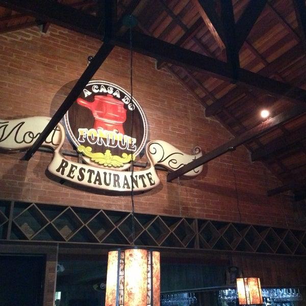 Foto tirada no(a) Restaurante Mont Vert por Wellington A. em 8/2/2013