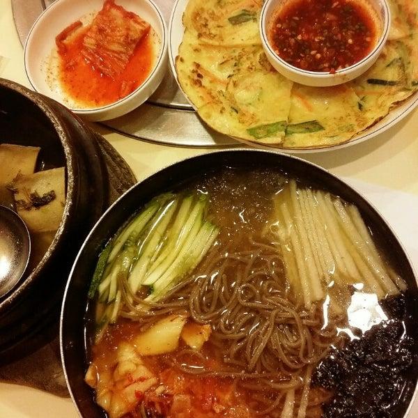 Photo taken at Daorae Korean BBQ Restaurant by Joane D. on 5/14/2014