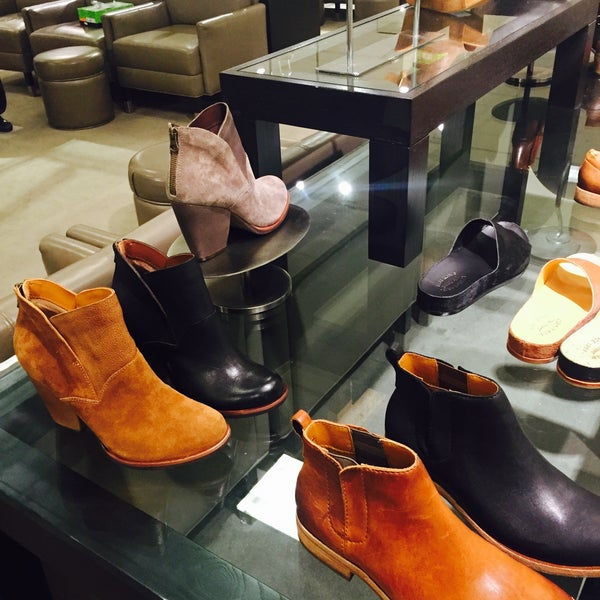 Photo taken at Nordstrom Galleria Dallas by Anabel F. on 9/12/2016