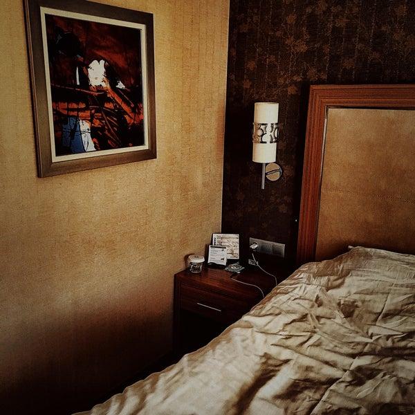 รูปภาพถ่ายที่ Demora Hotel โดย mehmet เมื่อ 5/16/2018