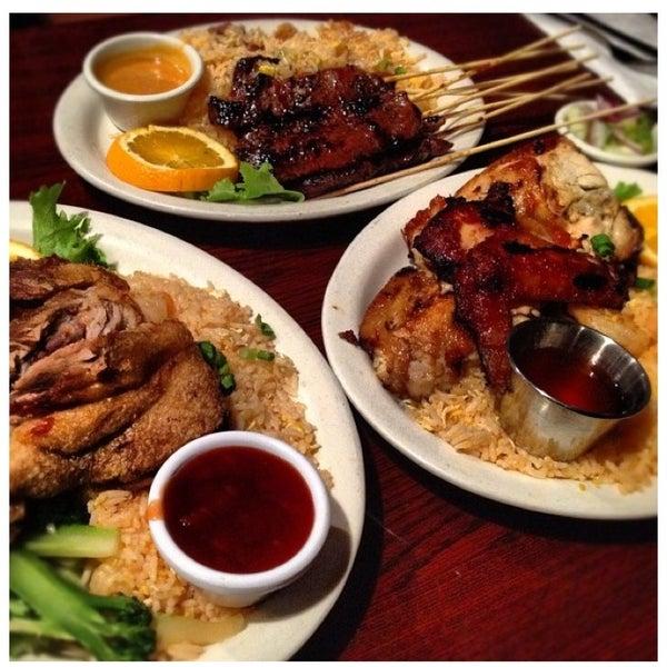 รูปภาพถ่ายที่ Thai Original BBQ & Restaurant โดย Erin A. เมื่อ 6/26/2013