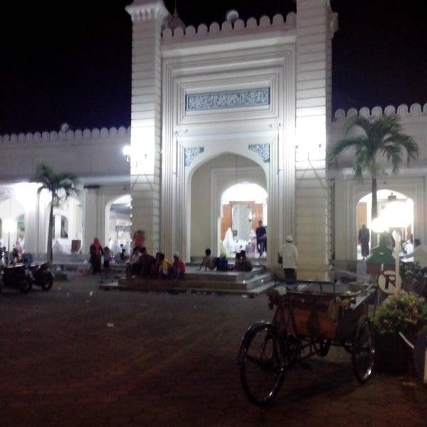 Photo taken at Masjid Jami' Kauman Pekalongan by Thofik I. on 7/28/2013
