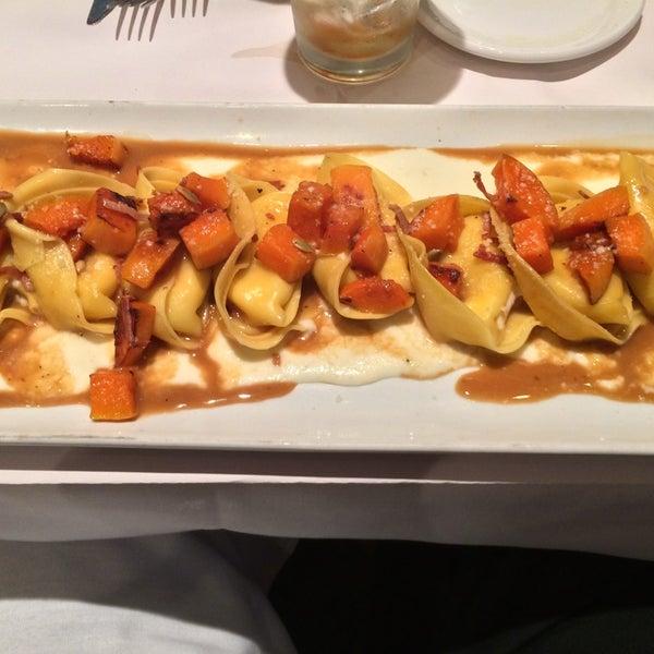 Photo taken at Romano's Macaroni Grill by Thomas B. on 2/17/2014