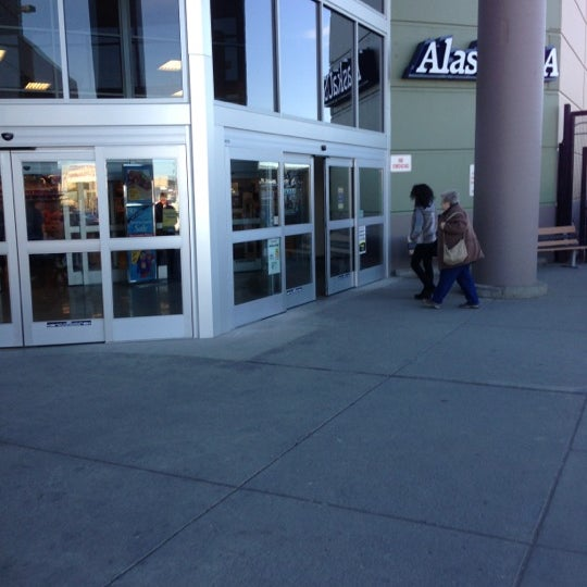 Photo taken at Fred Meyer by Matt B. on 10/18/2012