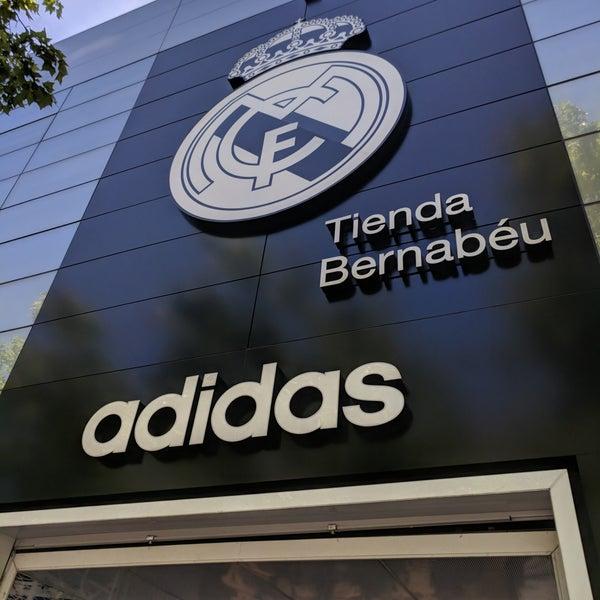 Fotos en la Madrid tienda Adidas Real Madrid Bernabéu Bernabéu Nueva Nueva España Calle 8536f88 - hvorvikankobe.website