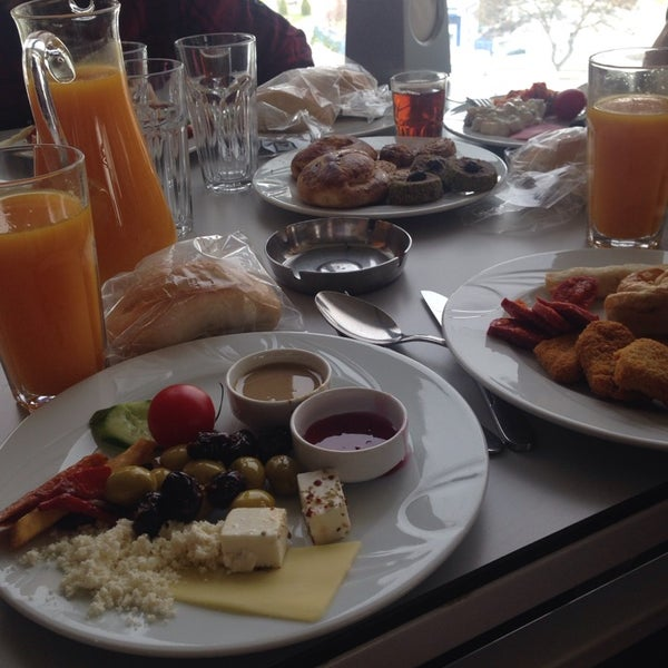 11/29/2014 tarihinde Burcu G.ziyaretçi tarafından Seyir Cafe'de çekilen fotoğraf