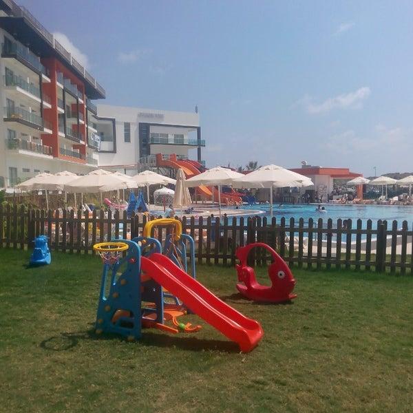 8/21/2014 tarihinde Zuhal Derin A.ziyaretçi tarafından Ulu Resort Hotel'de çekilen fotoğraf