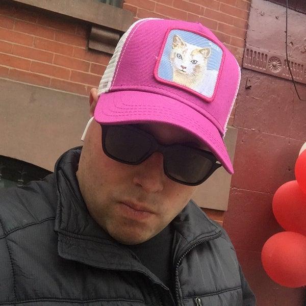 Снимок сделан в Goorin Bros. Hat Shop - West Village пользователем Seth F. 5/26/2017