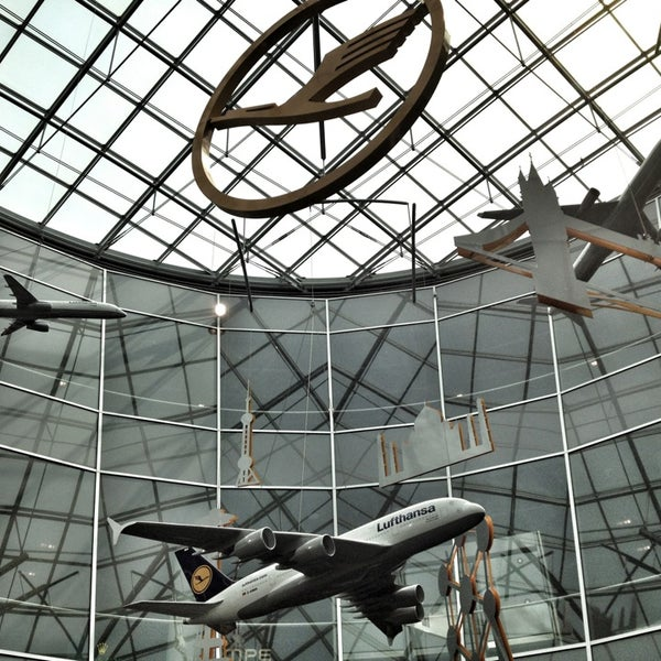 Das Foto wurde bei Frankfurt Airport (FRA) von Robert R. am 7/2/2013 aufgenommen