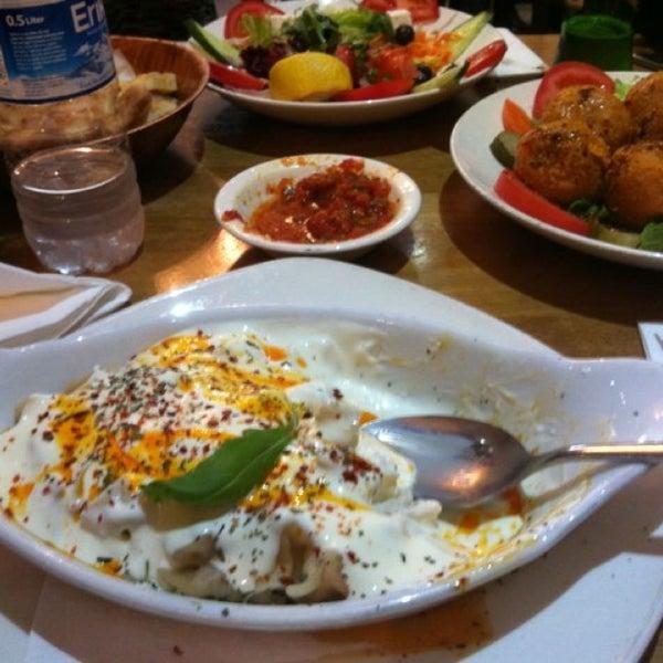9/5/2013 tarihinde Başak Y.ziyaretçi tarafından Hala Restaurant'de çekilen fotoğraf