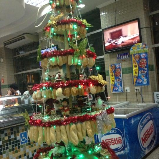 Foto tirada no(a) Panificadora Roxy por Jefferson M. em 12/11/2012