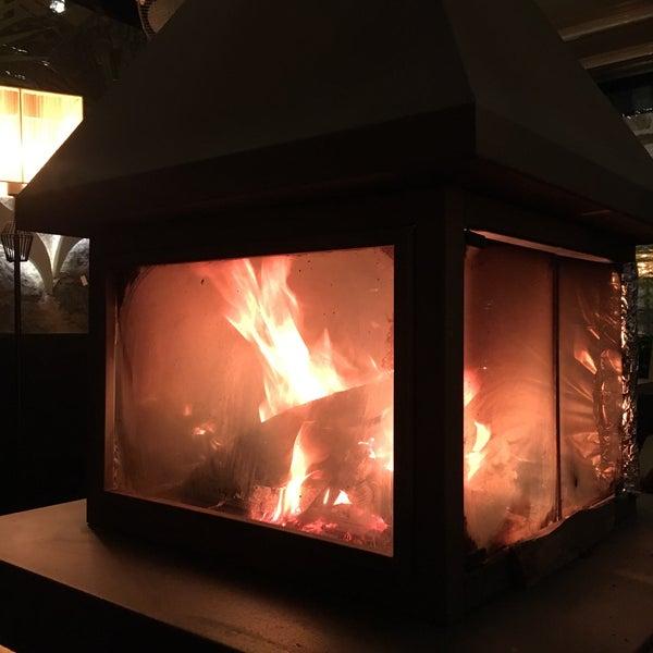 1/27/2018 tarihinde Umit B.ziyaretçi tarafından Vanilla Lounge'de çekilen fotoğraf