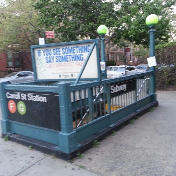 Photo taken at MTA Subway - Carroll St (F/G) by Suzannah S. on 5/4/2013