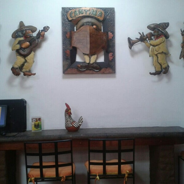 Foto tomada en El Rincón Mexicano por Karen Ⓜ. el 3/6/2016