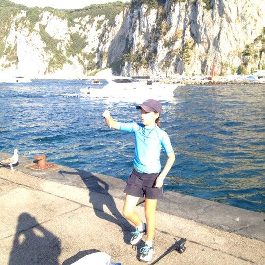 Foto scattata a Marina Grande da Jonatan A. il 8/14/2012